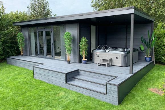 Hot Tub Garden Studio Peterborough