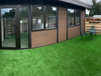 Peterborough Garden Room Dog Groomer Finishing Outside Piece